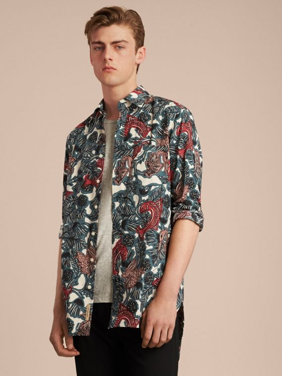 Beasts Print Cotton Poplin Longline Shirt in Mineral Blue - Men | Burberry
