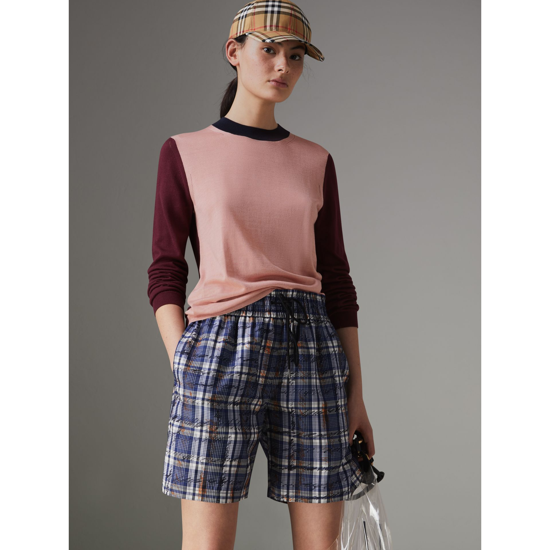 Colour Block Silk Cashmere Sweater in Pink Apricot - Women | Burberry United Kingdom - gallery image 4