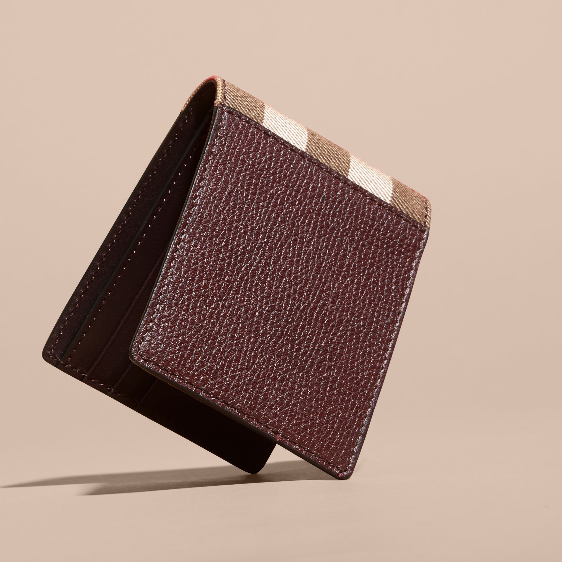 Grainy Leather and House Check Bifold Wallet in Wine | Burberry - gallery image 3