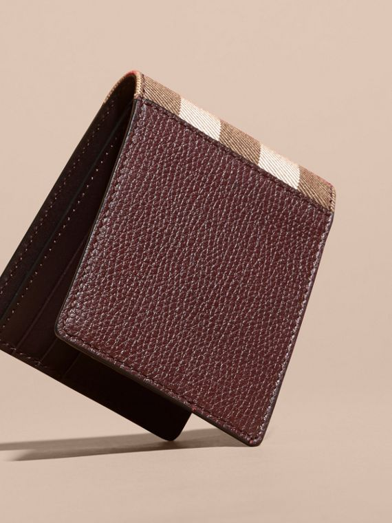 Grainy Leather and House Check Bifold Wallet in Wine | Burberry - cell image 2