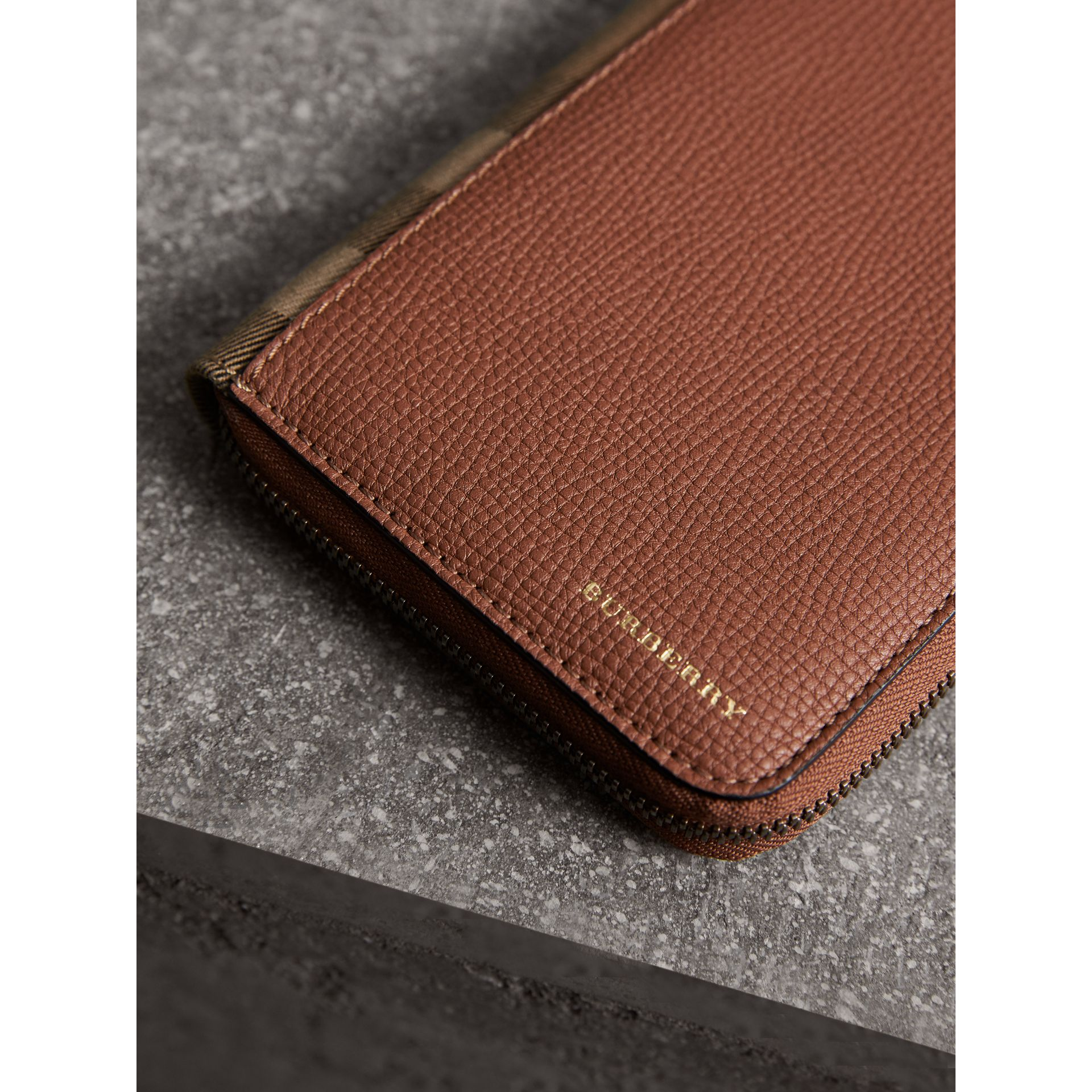 House Check and Grainy Leather Ziparound Wallet in Chestnut Brown - Men | Burberry - gallery image 2