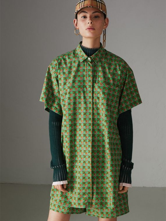 Equestrian Check Print Cotton Longline Shirt in Dark Forest Green