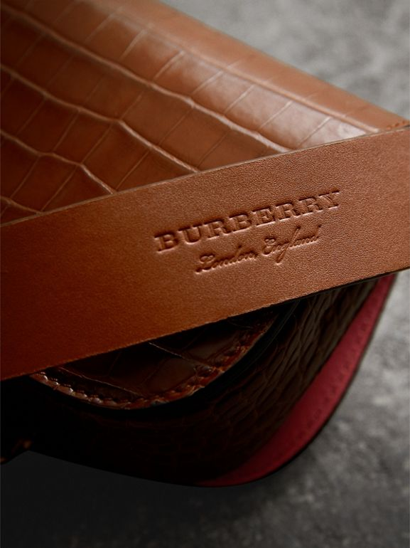 The Satchel con tasca in pelle di alligatore (Marroncino) | Burberry - cell image 1