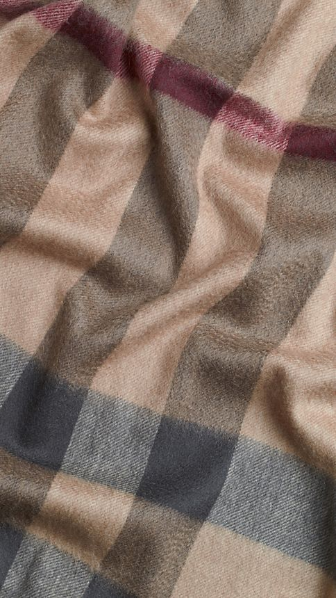 Smoked trench check Check Wool and Cashmere Poncho - Image 4