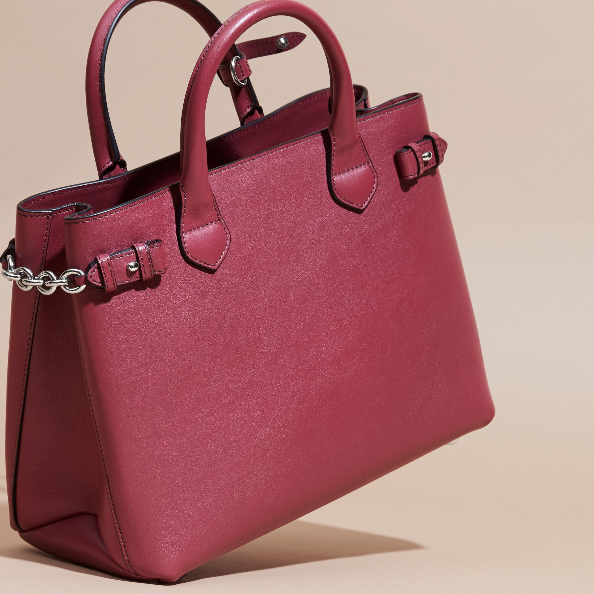 The Medium Banner in Leather with Chain Detail in Garnet Pink - Women | Burberry - gallery image 4