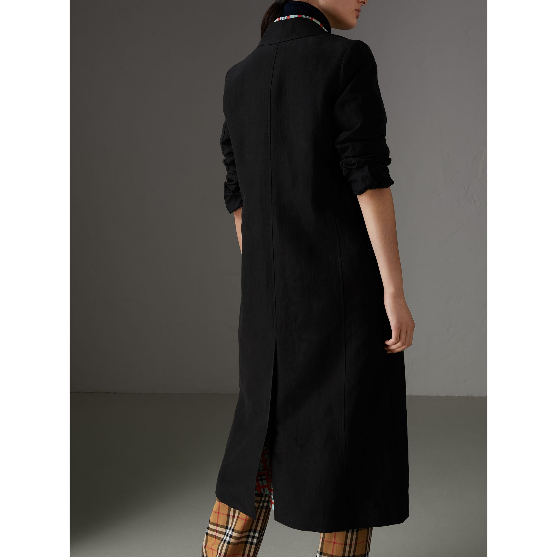 Linen Silk Tailored Coat in Black - Women | Burberry Australia - gallery image 2