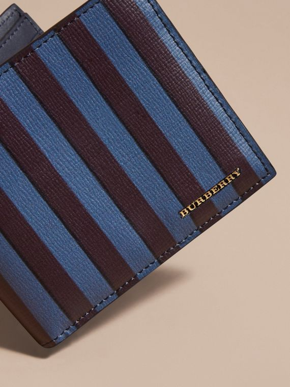 Pyjama Stripe London Leather Folding Wallet - cell image 2