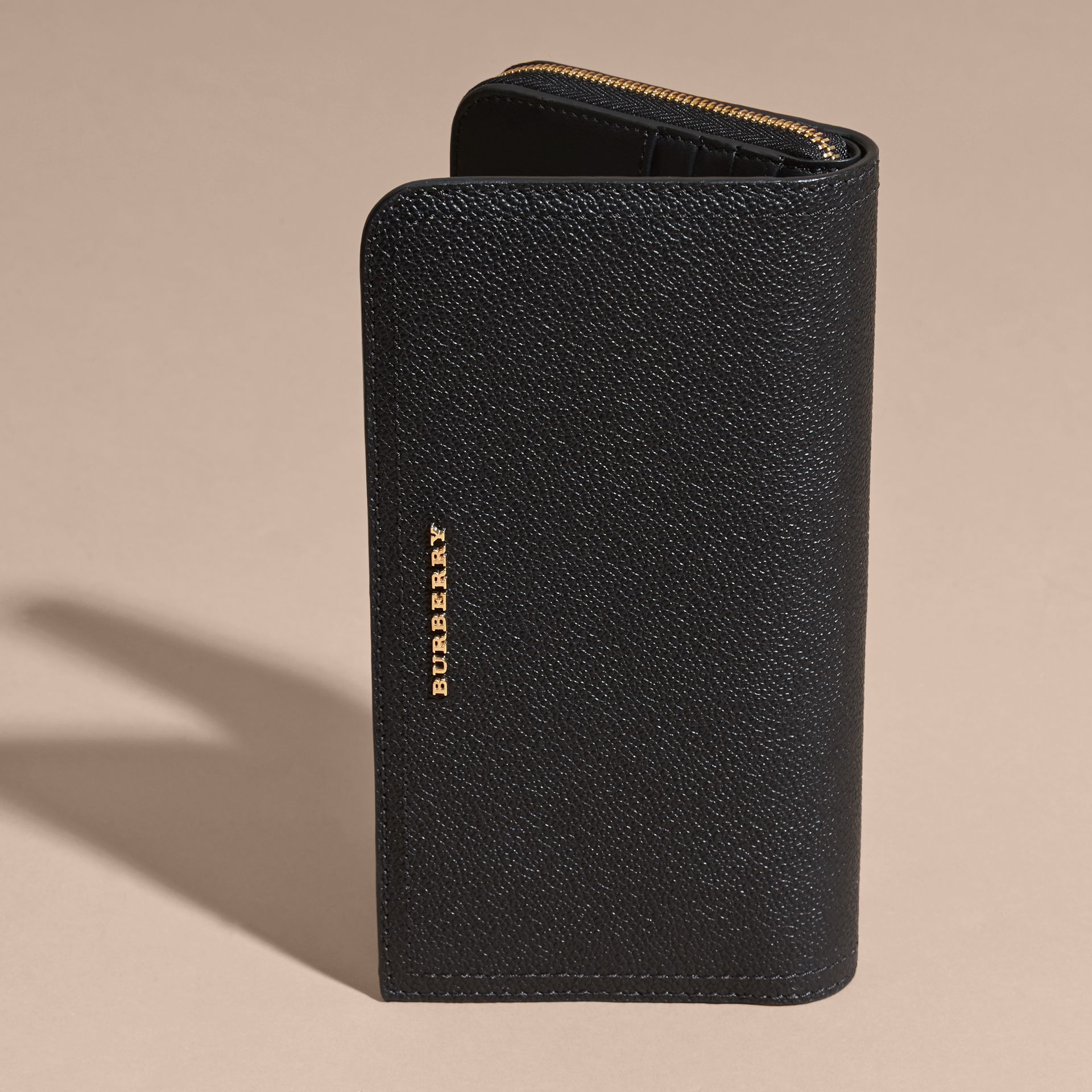 Grainy Leather Ziparound Wallet in Black - Women | Burberry - gallery image 6