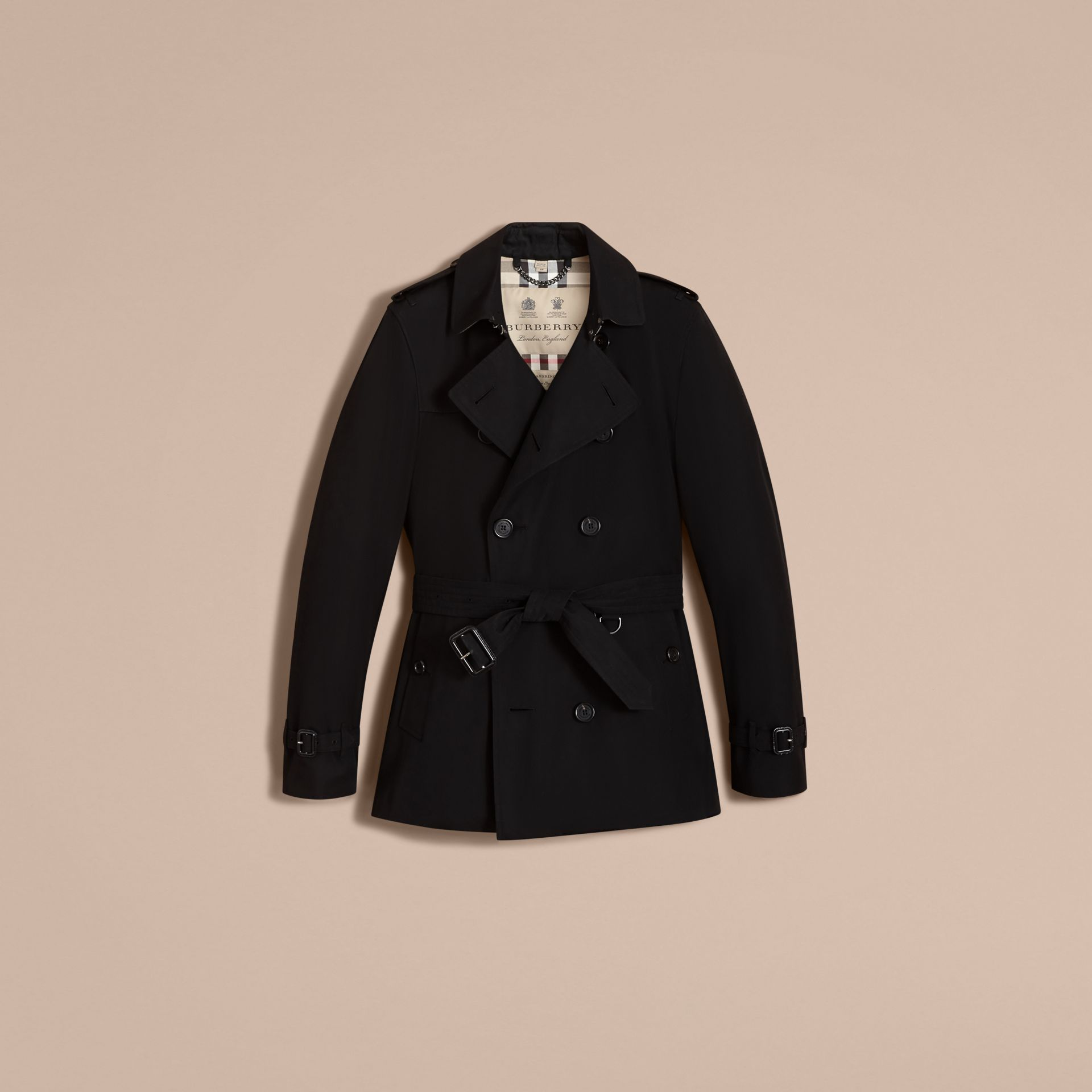 The Kensington – Short Heritage Trench Coat in Black - Men | Burberry - gallery image 4
