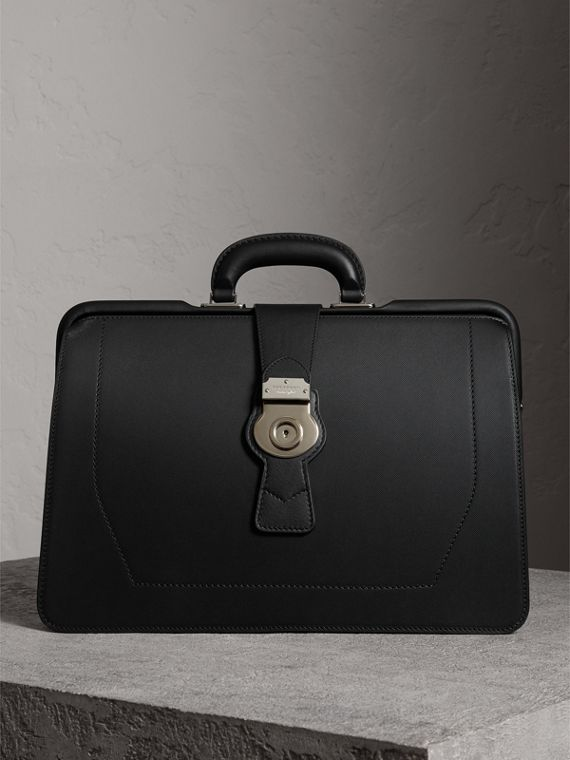 The DK88 Doctor's Bag in Black