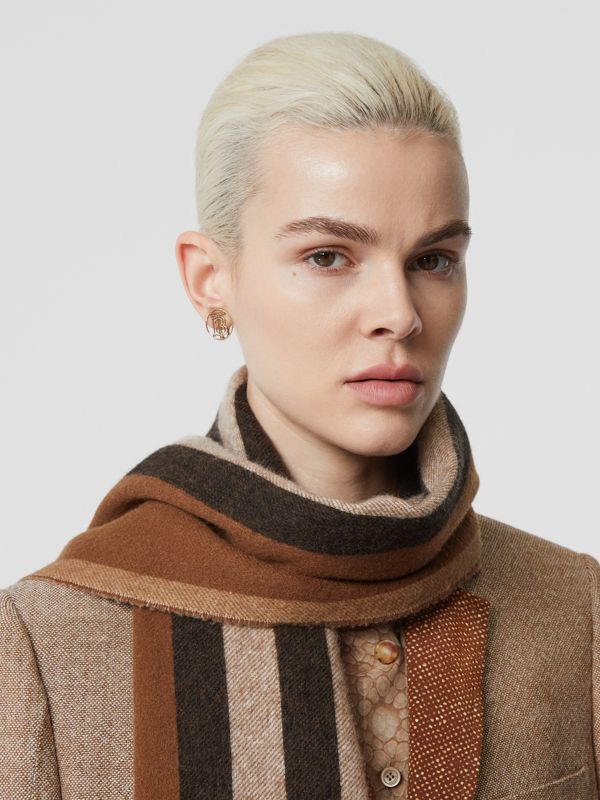 Reversible Icon Stripe Cashmere Scarf in Dark Chestnut Brown | Burberry - cell image 2