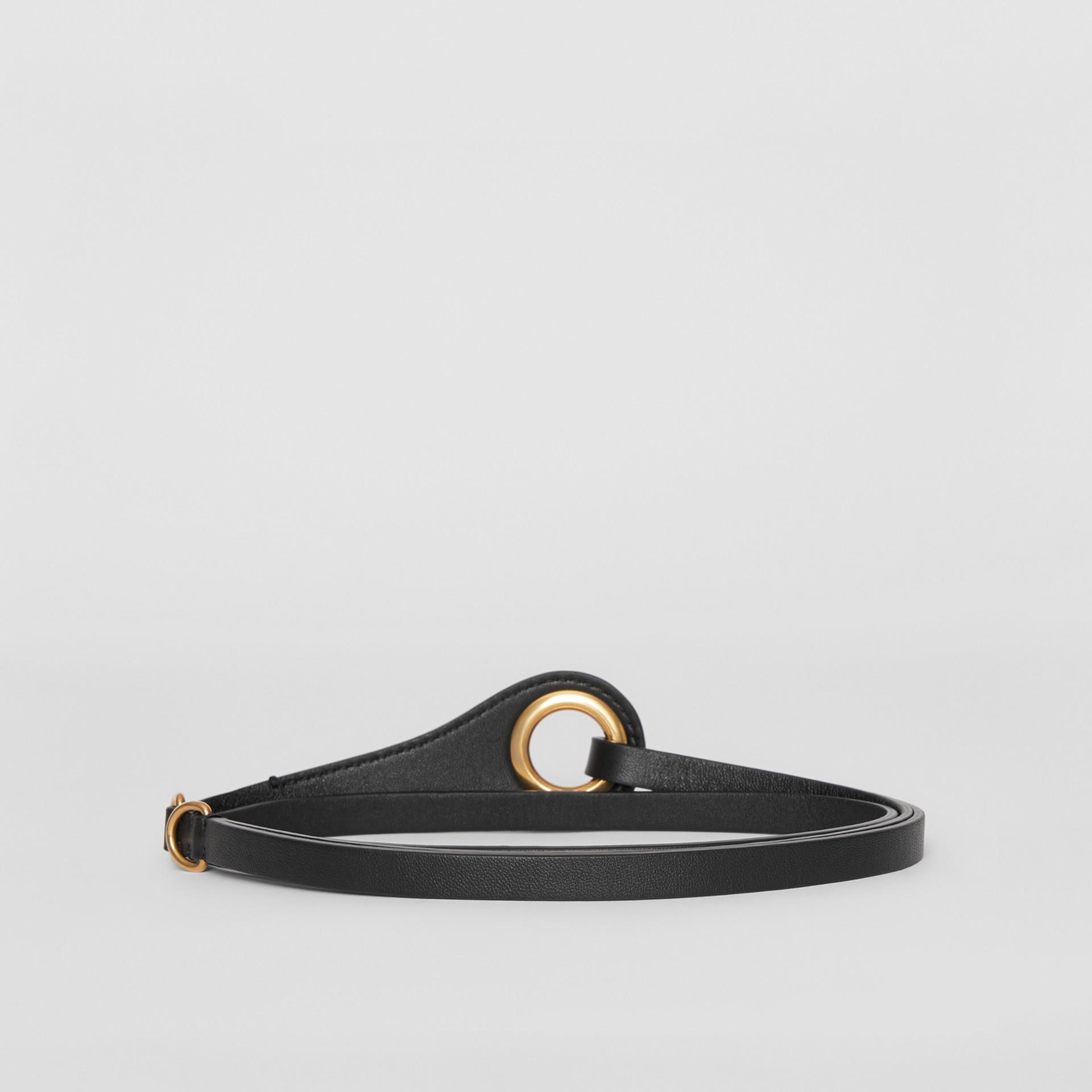 Кожаный ремень с крупным люверсом (Черный) - Для женщин | Burberry - изображение 4
