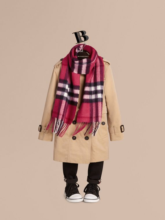 The Mini Classic Cashmere Scarf in Check in Fuchsia Pink - Girl | Burberry - cell image 2