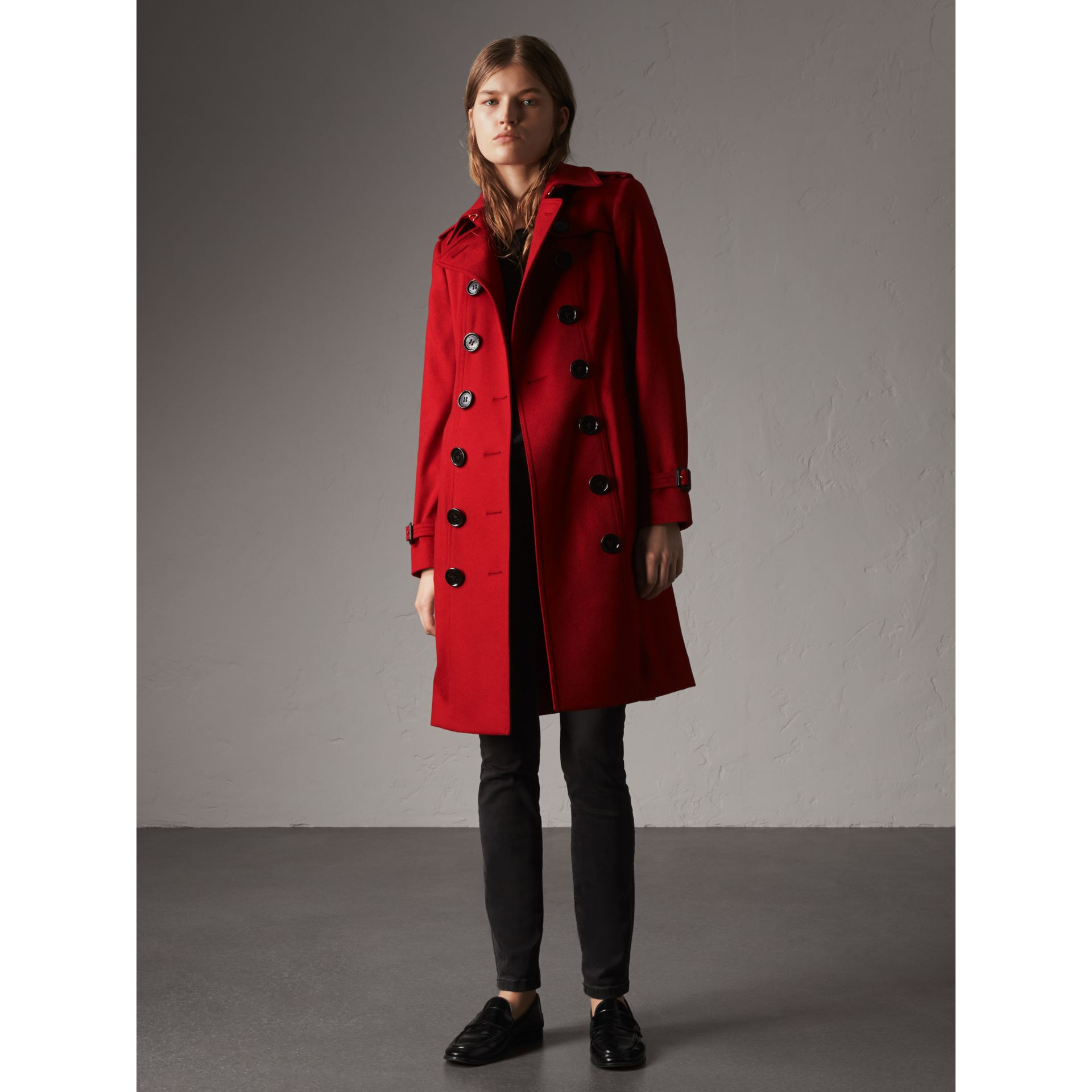 Sandringham Fit Cashmere Trench Coat in Parade Red - Women | Burberry - gallery image 1