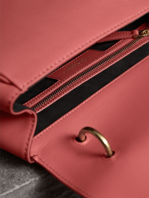 The Medium DK88 Top Handle Bag in Blossom Pink - Women | Burberry United Kingdom - cell image 3
