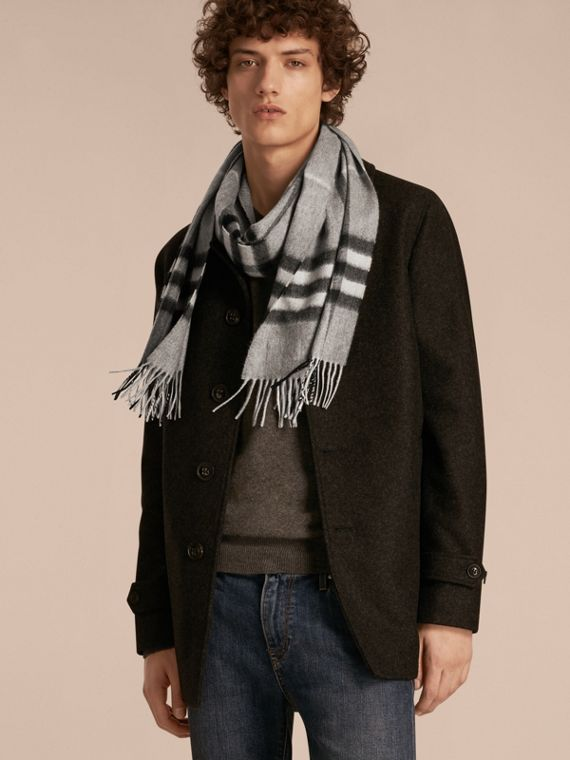 The Classic Check Cashmere Scarf in Pale Grey | Burberry - cell image 3