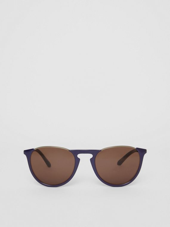 Keyhole Pilot Round Frame Sunglasses in Blue