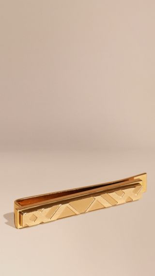 Check-engraved Tie Bar