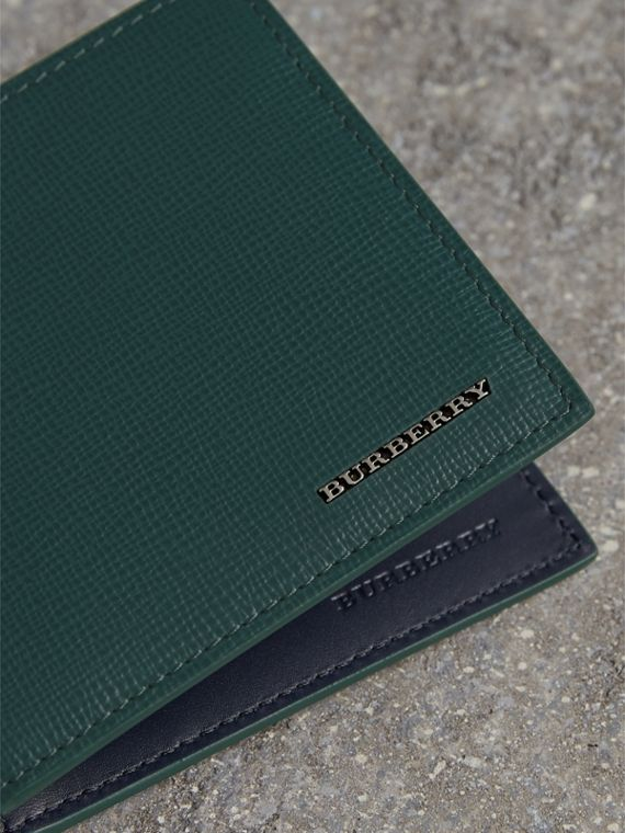 London Leather International Bifold Wallet in Dark Teal - cell image 2