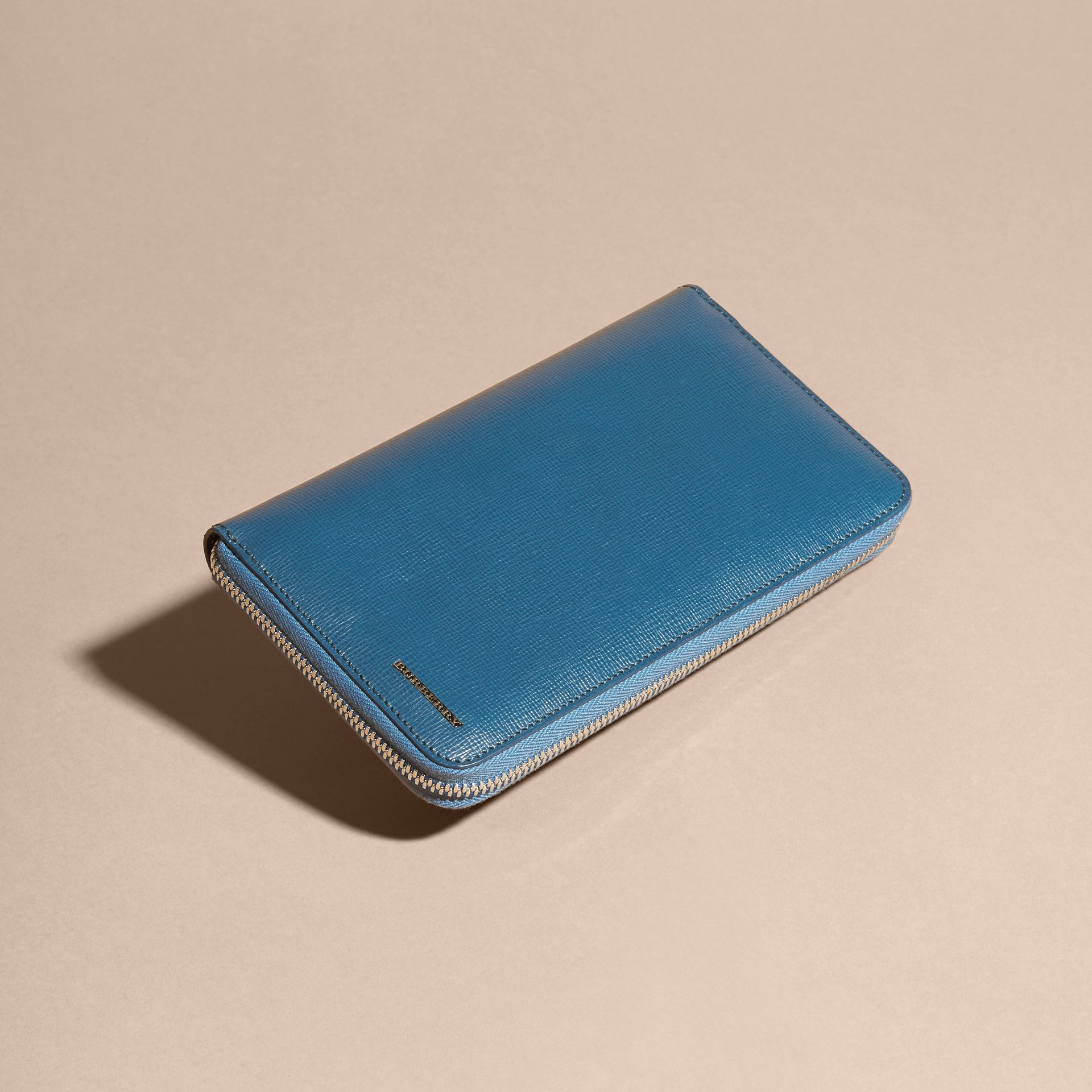 Mineral blue London Leather Ziparound Wallet Mineral Blue - gallery image 4