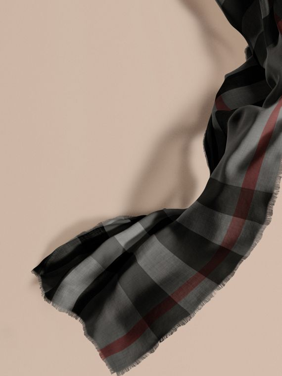 The Lightweight Cashmere Scarf in Check in Charcoal