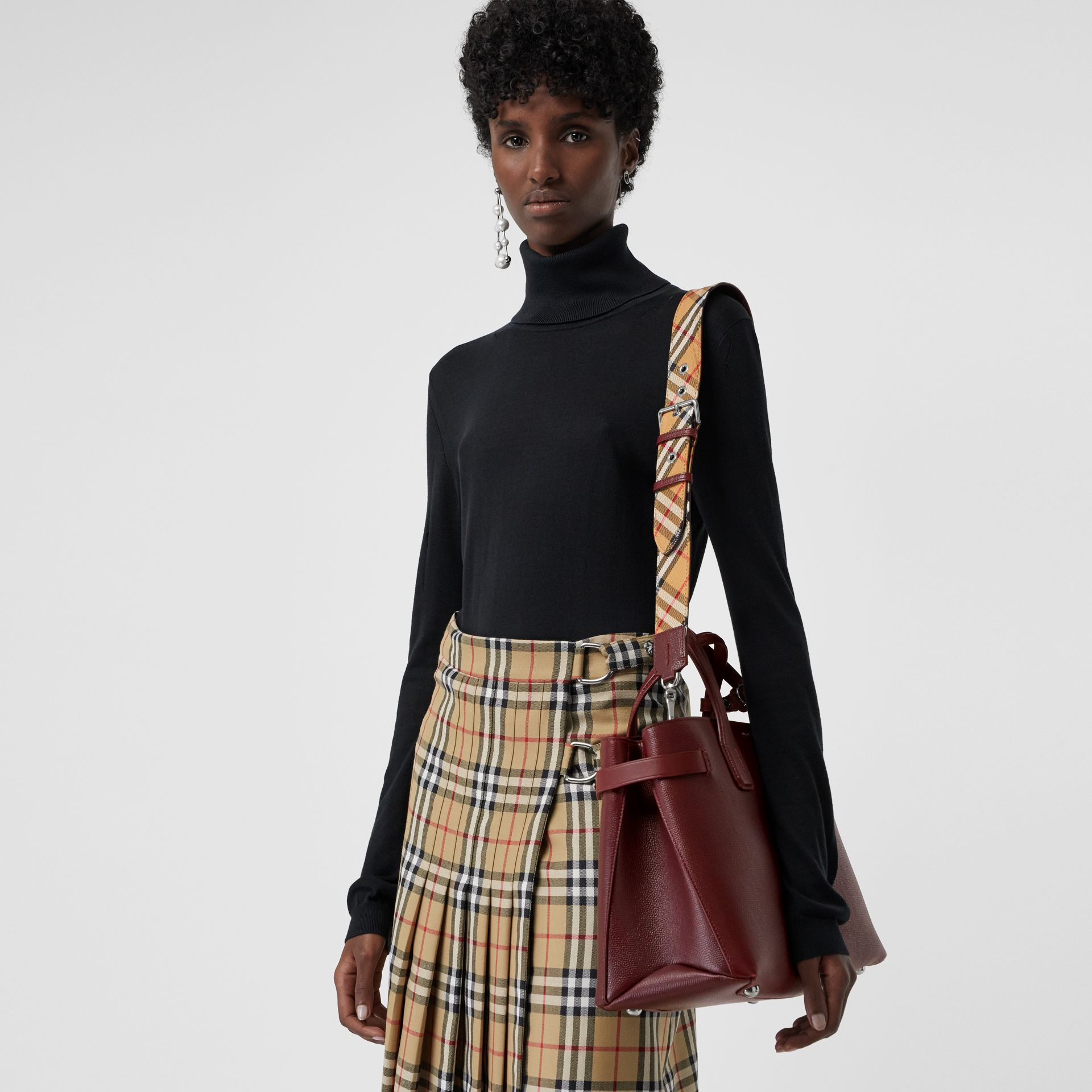 The Medium Banner in Leather and Vintage Check in Mahogany Red - Women | Burberry United States - gallery image 3