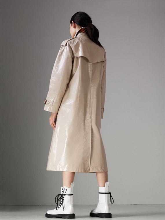 Raglan-sleeve Laminated Gabardine Trench Coat in Stone - Women | Burberry - cell image 2
