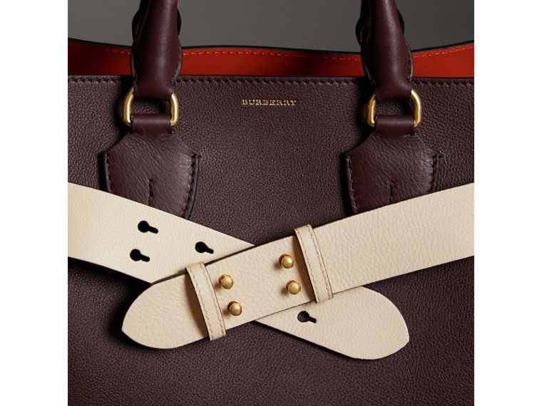 Cintura in pelle a grana per la borsa The Belt media (Calcare) - Donna | Burberry - cell image 2
