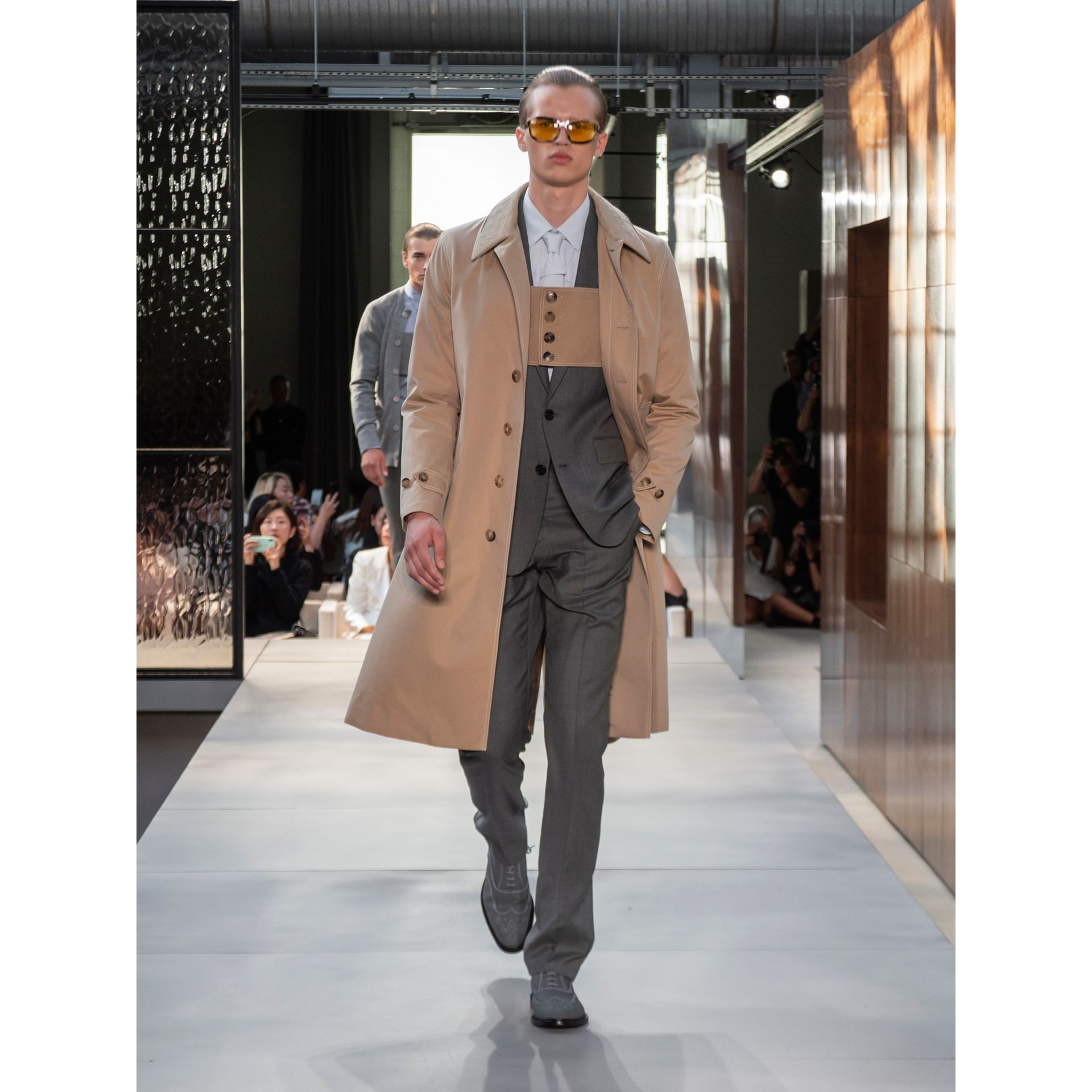 Linen Collar Button Panel Cotton Car Coat in Honey | Burberry Australia - gallery image 9