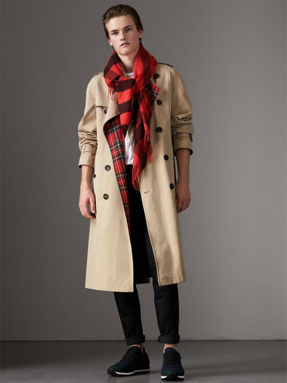 The Burberry Bandana in Check Cashmere in Orange Red