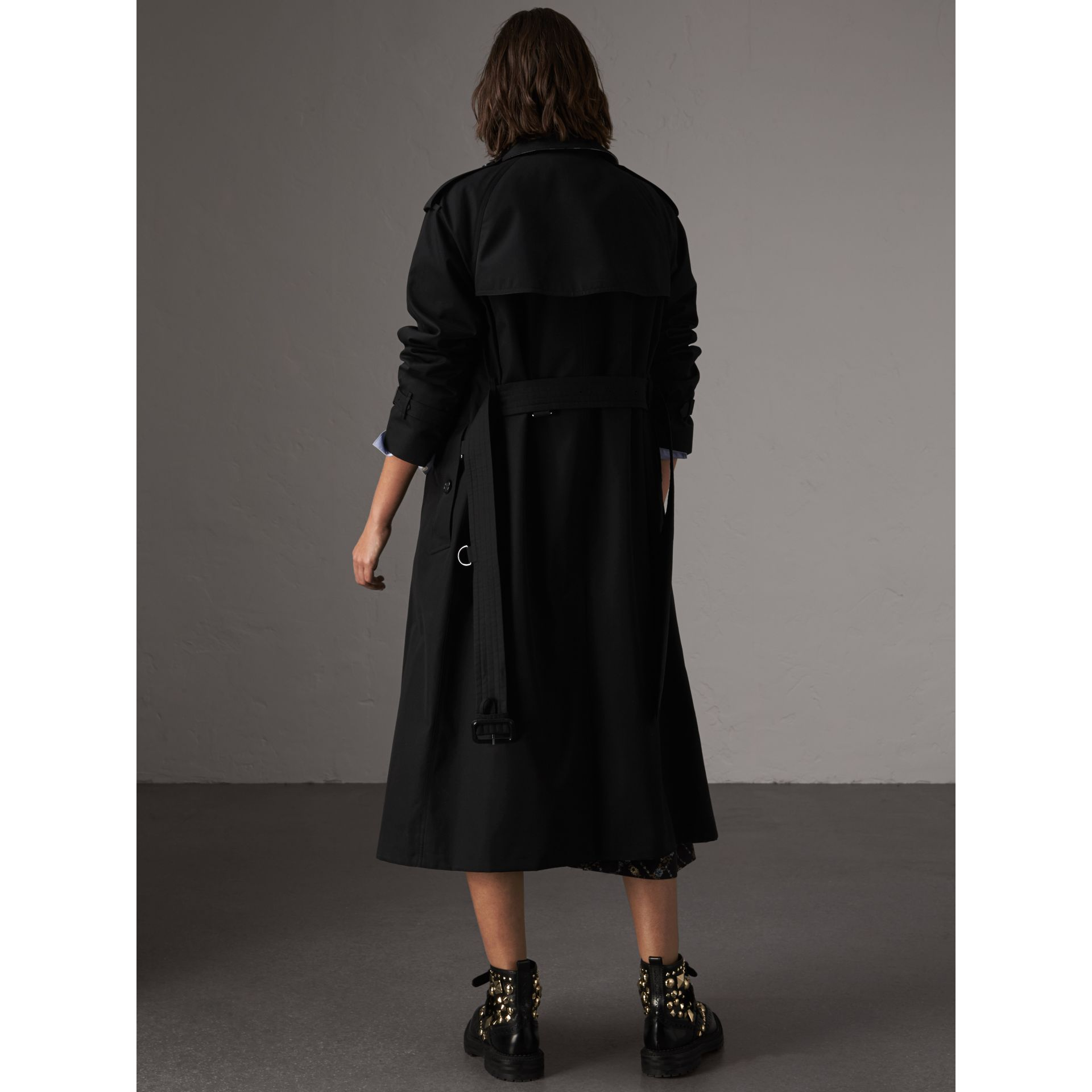 The Westminster – Extra-long Trench Coat in Black - Women | Burberry Australia - gallery image 3