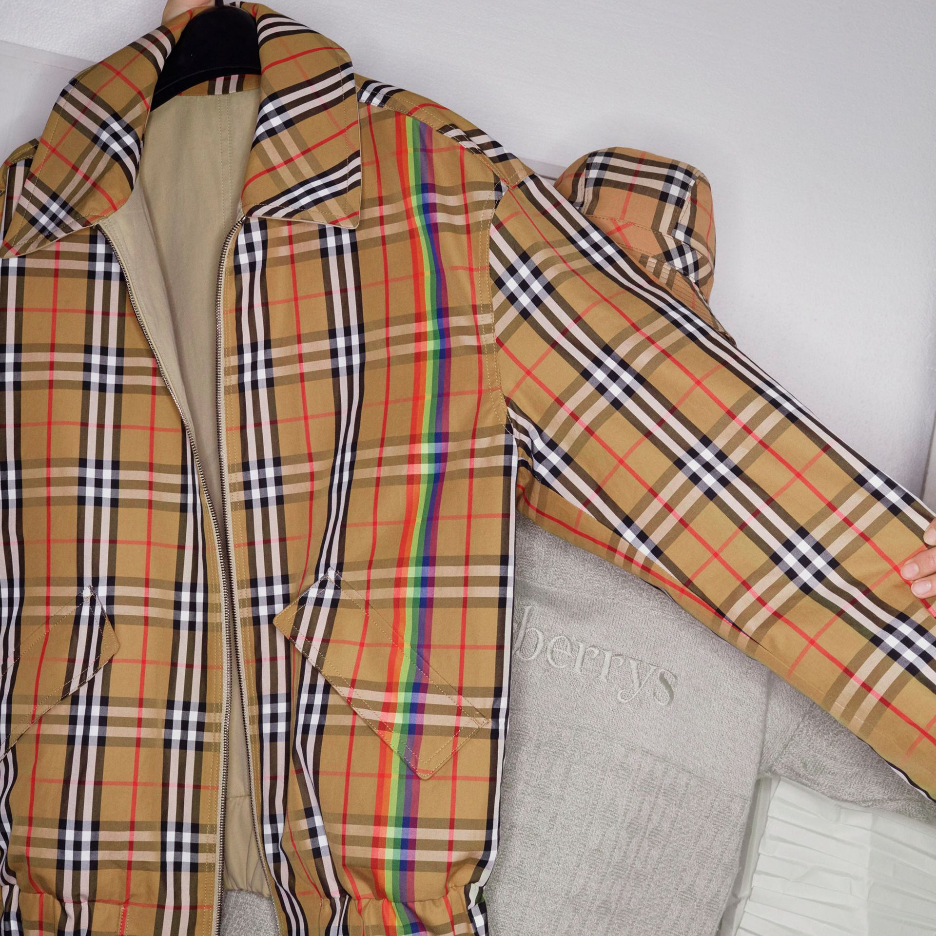 Rainbow Vintage Check Harrington Jacket in Antique Yellow/rainbow - Men | Burberry Hong Kong - gallery image 4