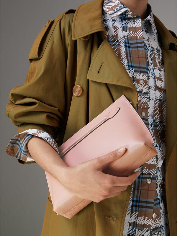Grainy Leather Wristlet Clutch in Pale Ash Rose - Women | Burberry - cell image 3