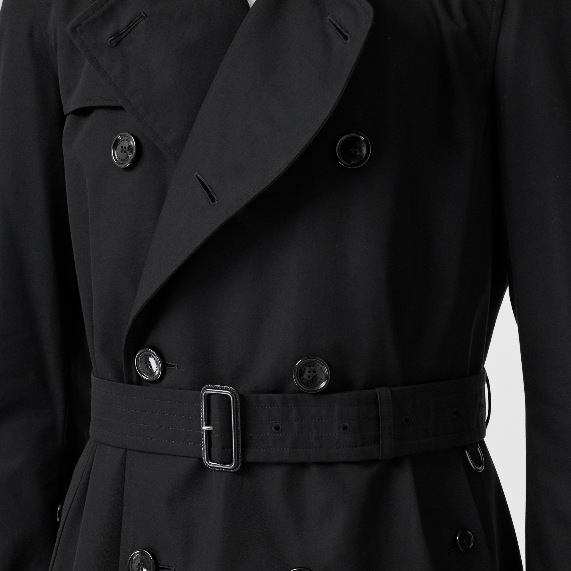 The Chelsea Heritage Trench Coat in Black - Men | Burberry Canada - gallery image 6