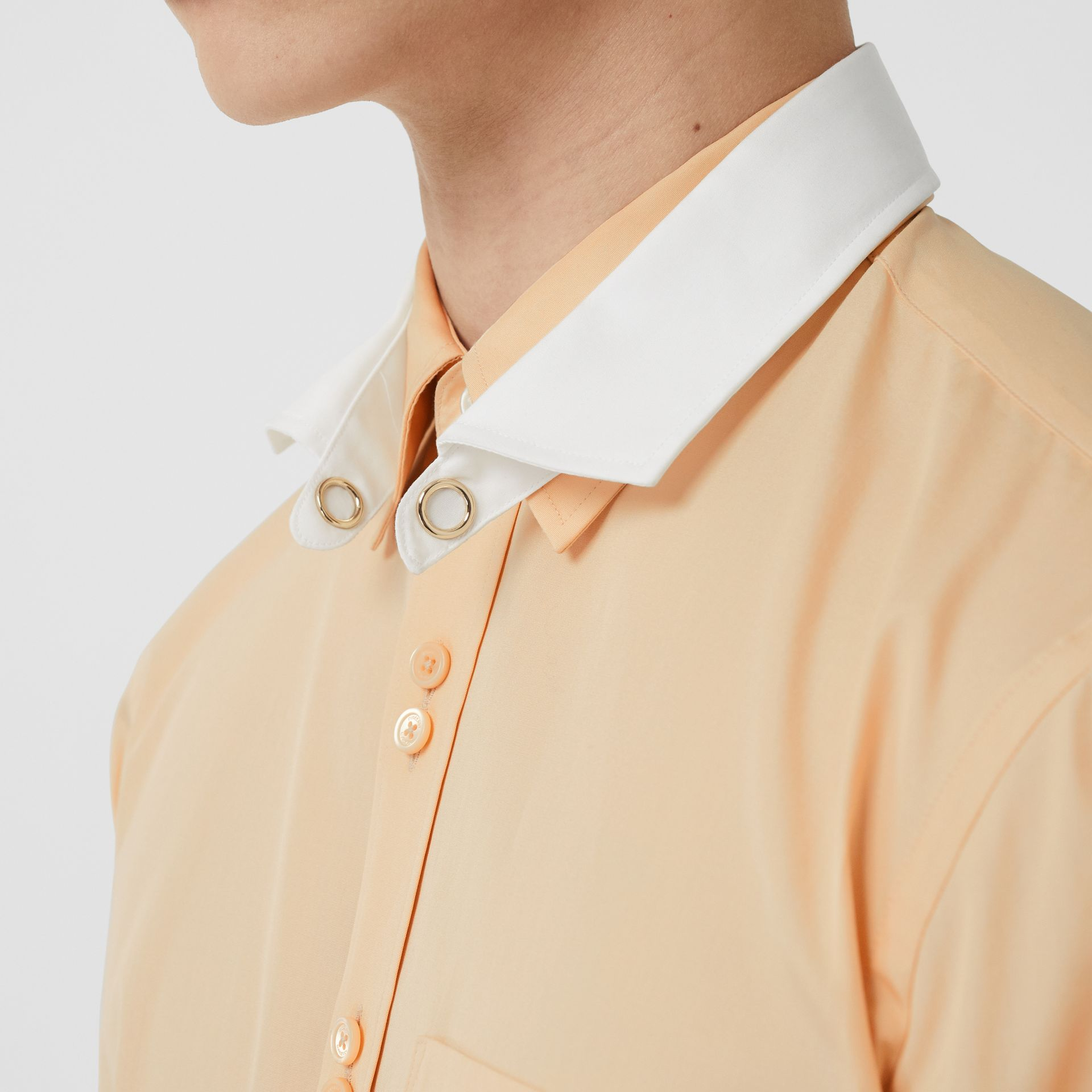 Classic Fit Detachable Collar Cotton Poplin Shirt in Buttermilk - Men | Burberry - gallery image 1
