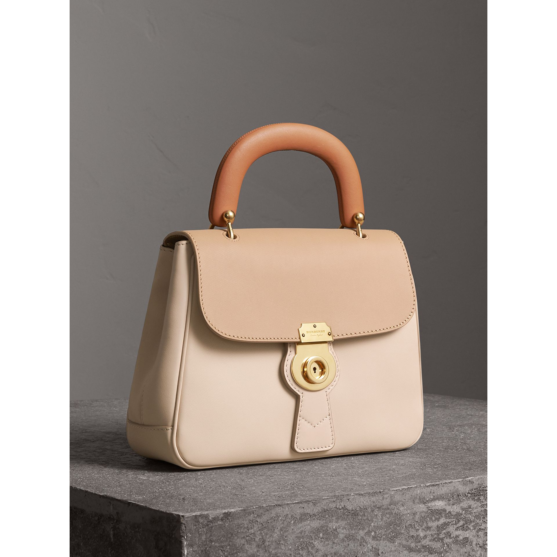The Medium DK88 Top Handle Bag in Limestone/honey - Women | Burberry United Kingdom - gallery image 7
