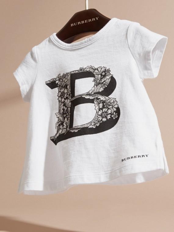 Rosa cenere pallido T-shirt in cotone con lettera decorata - cell image 2