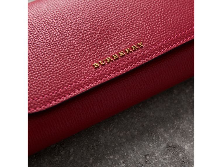 Topstitch Detail Leather Wallet with Detachable Strap in Parade Red/multicolour - Women | Burberry United Kingdom - cell image 1