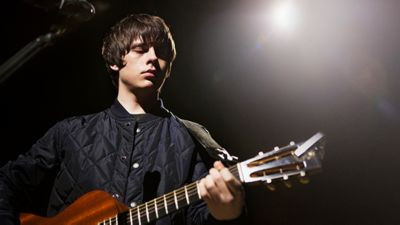 Jake Bugg, live for Burberry