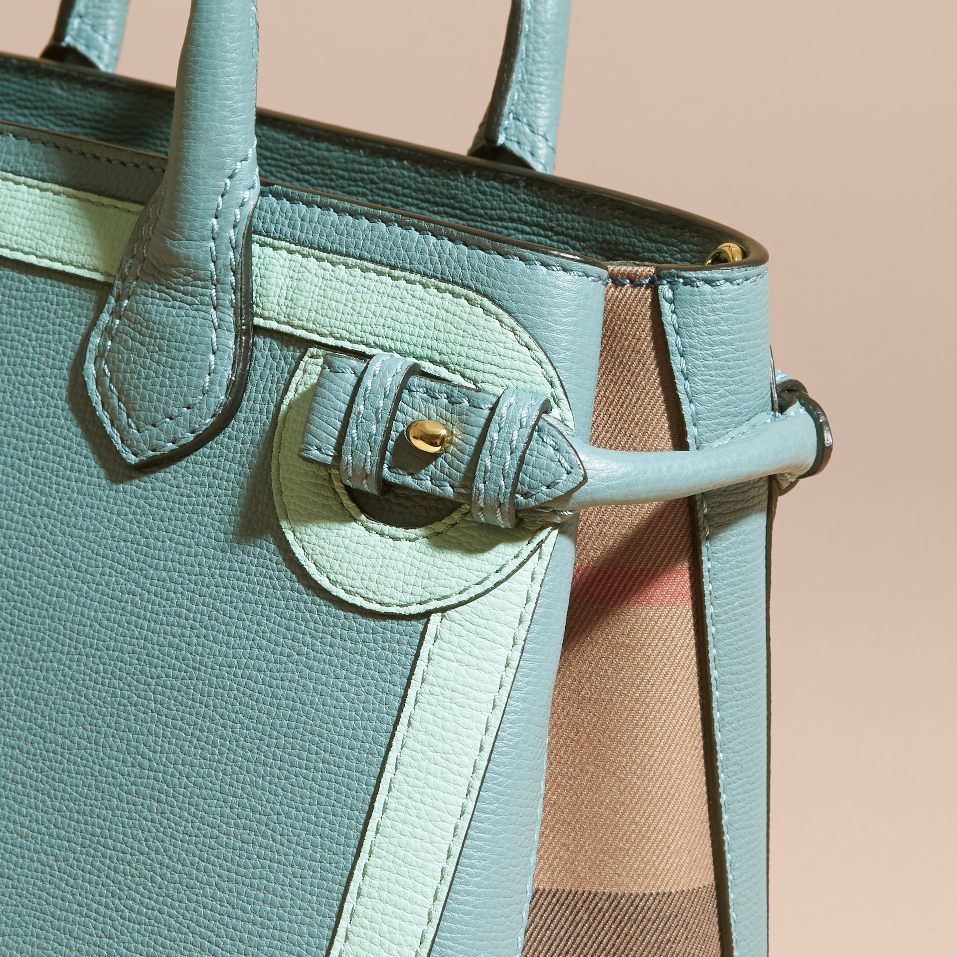 The Medium Banner in Leather with Tonal Appliqué in Celadon Blue - Women | Burberry - gallery image 7