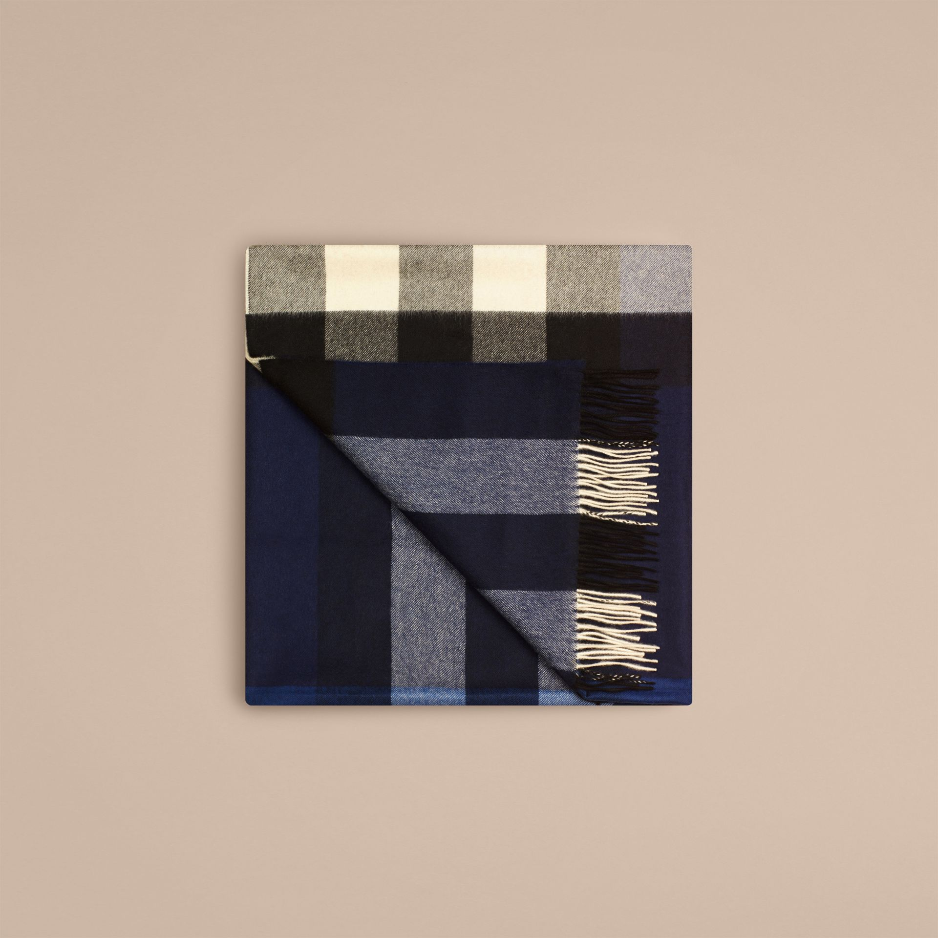 Check Cashmere Blanket in Indigo Blue | Burberry - gallery image 4