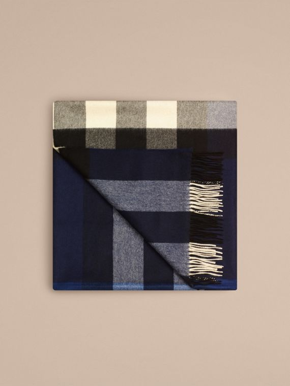 Check Cashmere Blanket Indigo Blue - cell image 3