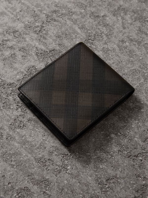 London Check International Bifold Wallet in Chocolate/black - Men | Burberry Singapore - cell image 2
