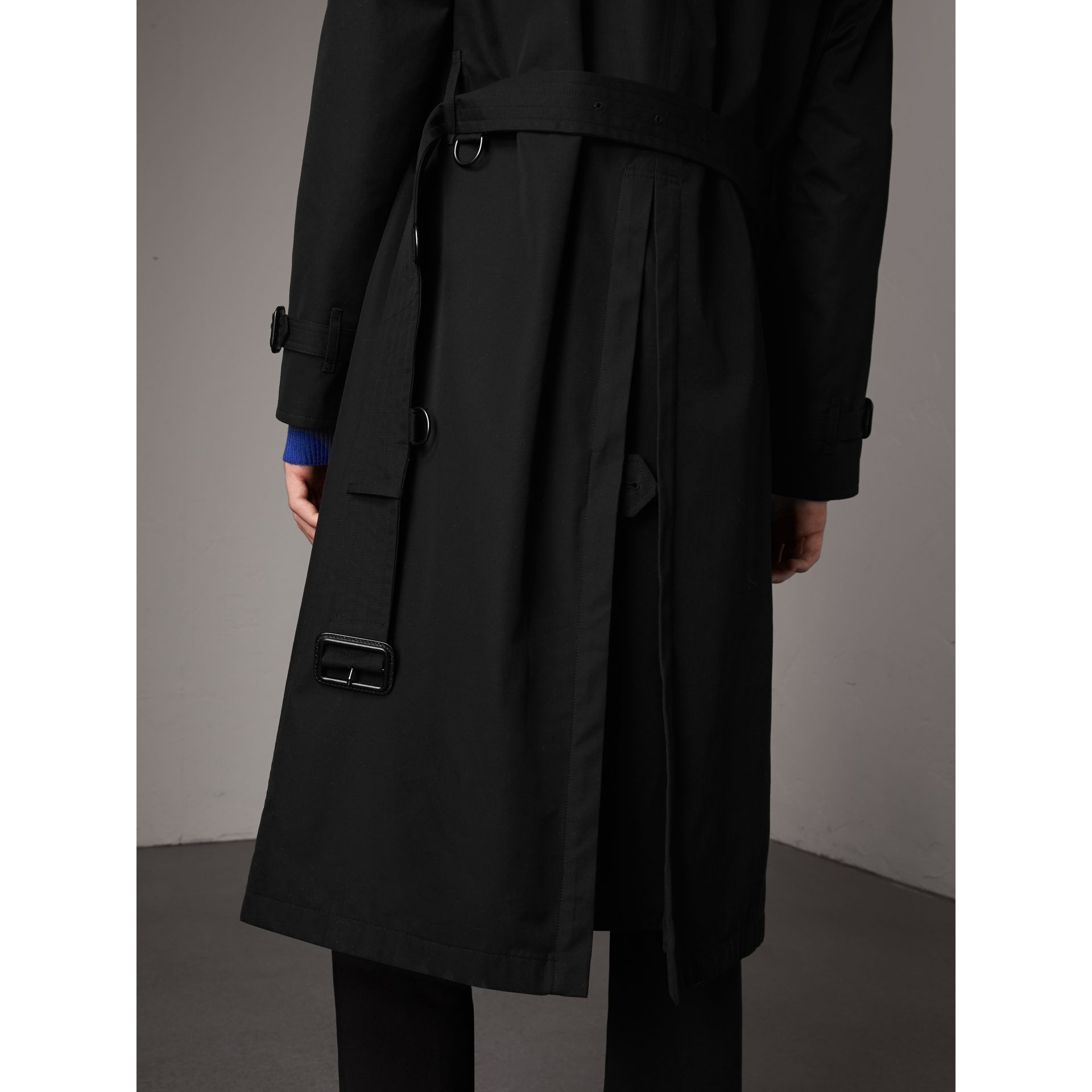 Tartan-lined Cotton Gabardine Trench Coat in Black - Men | Burberry - gallery image 6