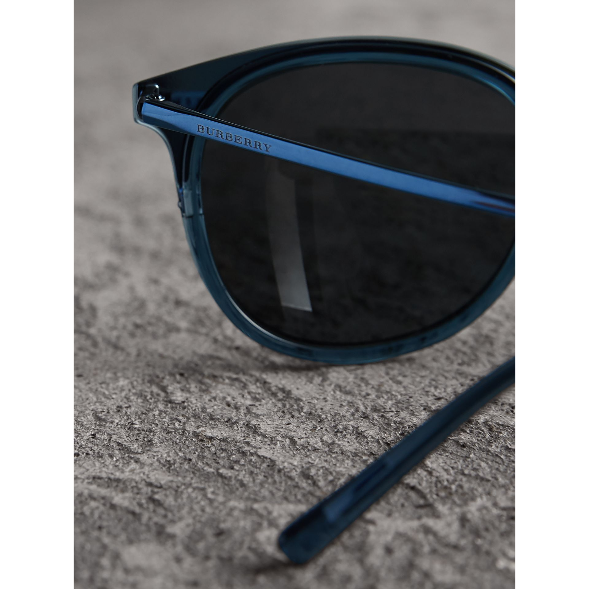 Round Frame Sunglasses in Blue - Men | Burberry Australia - gallery image 2