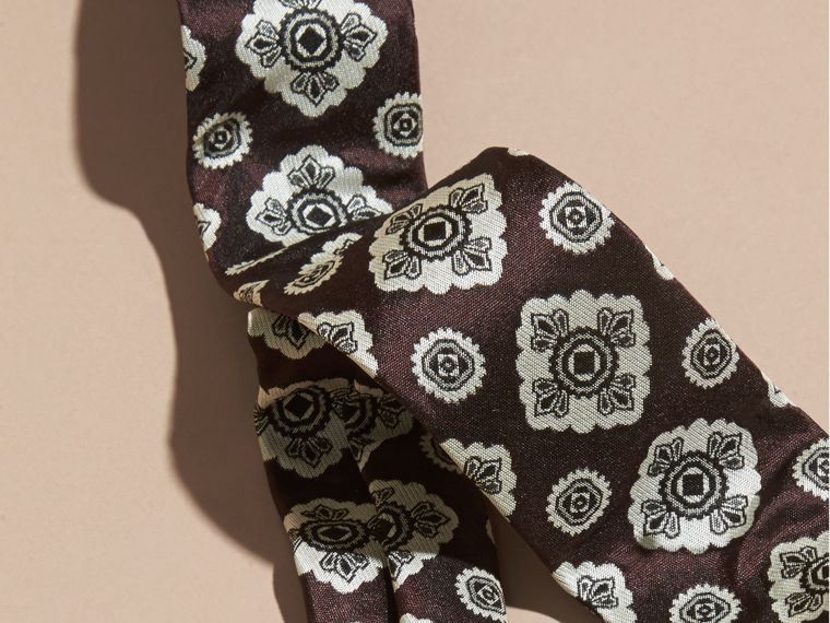 Burgundy red Slim Cut Jacquard Silk Tie Burgundy Red - cell image 1