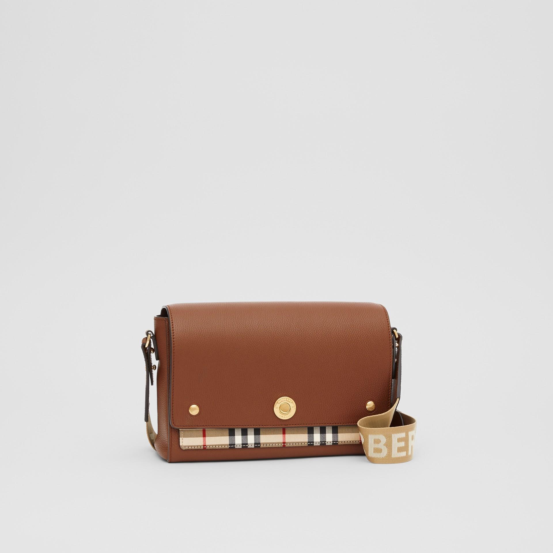 Sac à bandoulière Note en cuir Vintage check (Hâle) - Femme | Burberry Canada - photo de la galerie 6
