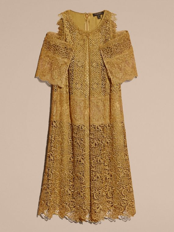 Gold Cape-sleeved Macramé Dress - cell image 3