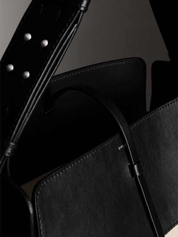 The Large Cotton Linen and Leather Bucket Bag in Black - Women | Burberry United States - cell image 3