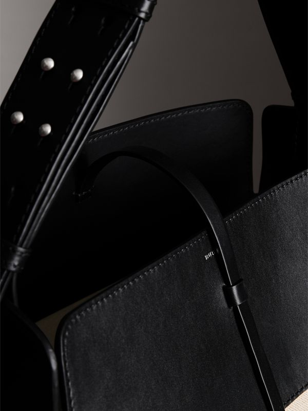 The Large Cotton Linen and Leather Bucket Bag in Black - Women | Burberry Canada - cell image 3